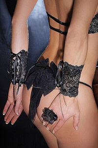 Luxxa Love Noir Chain Cuffs